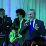 Sattar singing at Andy & Shani Wedding